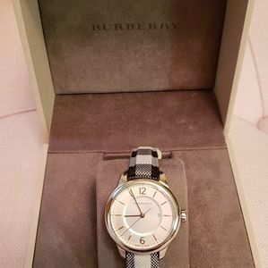 Burberry watch 100% Authentic